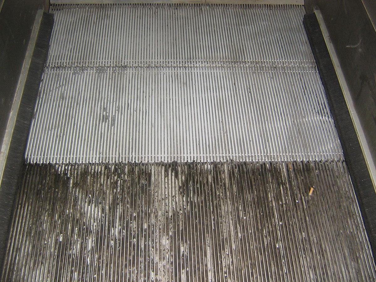 Le nettoyage cryogénique permet de décaper une surface sans l'altérer