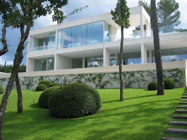 Fenêtre coulissante grande dimension Saint Tropez